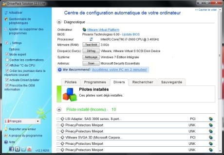 D'après moi Windows Update doit mettre a jour les pilotes automatiquement?d'où il faut utiliser des logiciel qui permet de faire des mise à jour de tout vos  pilotes de votre ordinateur.